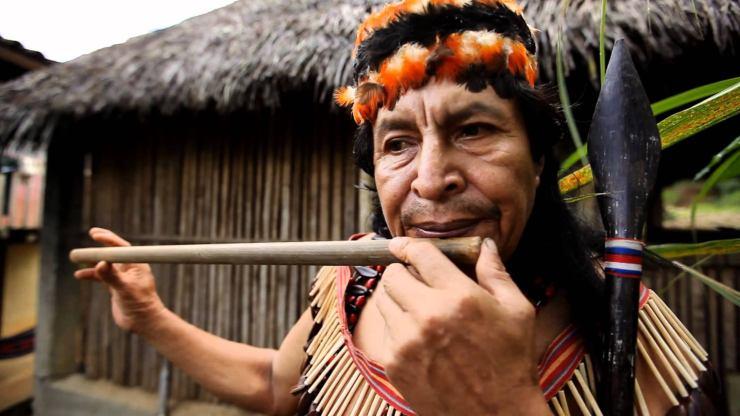 Los Achuar abren sus aldeas al ecoturismo en la Amazonia