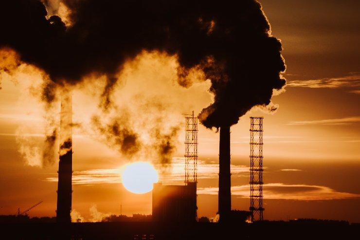 El objetivo del siglo es eliminar las emisiones de carbono de la atmósfera (Foto: Adobe Stock).