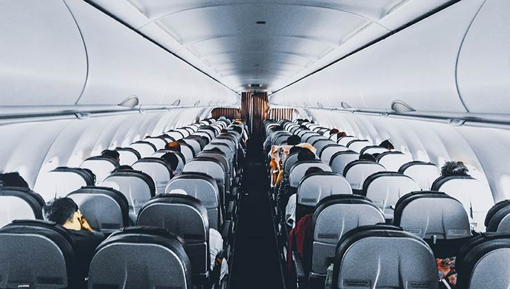 El desafío de la aviación sostenible es incrementar la cantidad de pasajeros y la autonomía de los vuelos (Foto de Sourav Mishra - Pexels).