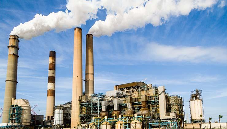 Se debe cambiar la manera de producir energías para reducir las emisiones de gases a la atmósfera (Foto de Pixabay - Pexels).