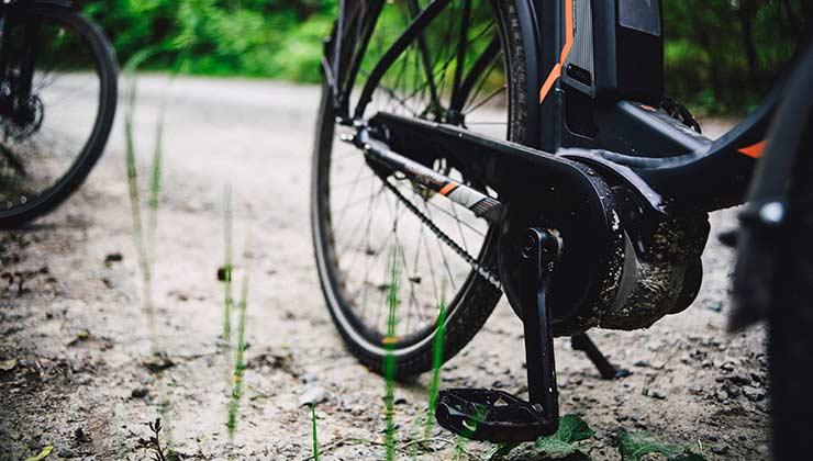 Bicicleta eléctrica con motor en los pedales (Foto de Markus Spiske - Pexels).