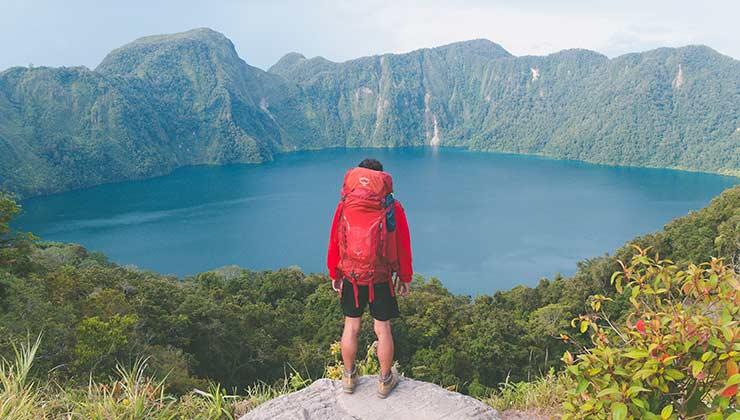 El trekking nos acerca a lugares maravillosos de la naturaleza (Foto de Robert Forever Ago - Pexels).