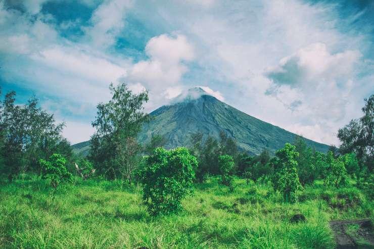 El monte Mayón es ícono del imaginario de un volcán