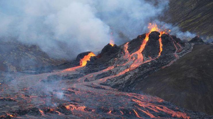 La belleza de la erupción del volcán Fagradalsfjall