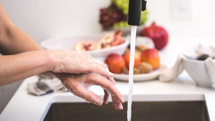 Cada gota cuenta: sigue estos consejos para ahorrar agua en casa