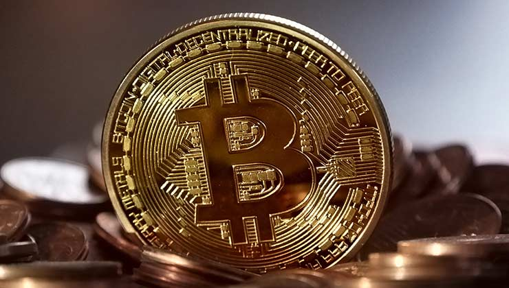 Mientras más alta es la cotización del Bitcoin, más energía se necesita para procesar datos (Foto de Pixabay - Pexels).