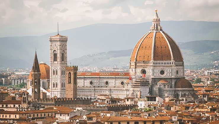 Florence es una de las enormes recompensas por recorrer la Toscana a pedal (Foto de Fede Roveda - Pexels).