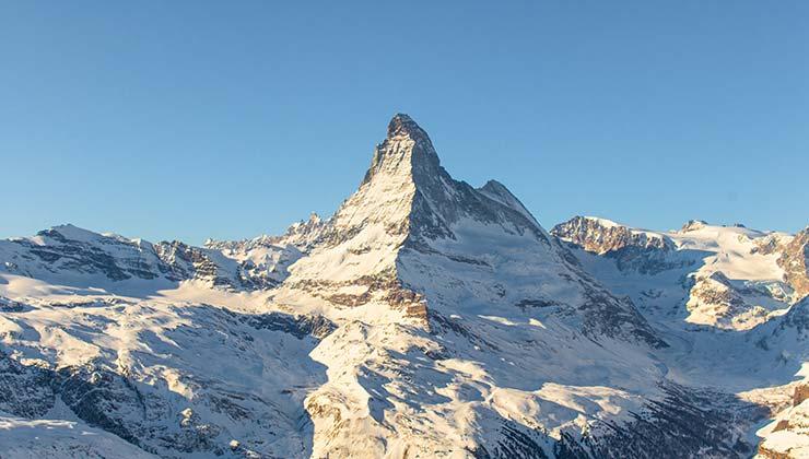 La temporada de nieve en Los Alpes dura entre 22 y 34 días menos (Foto Tanner Barrott - Pexels)