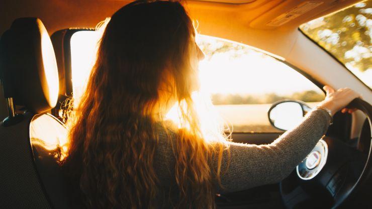 Cómo conducir para reducir la contaminación de tu automóvil