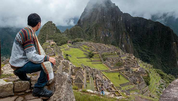 El trekking que te lleva al Machu Pichu es un viaje espiritual que a muchos les cambia la vida (Foto de Gilmer Díaz - Pexels).