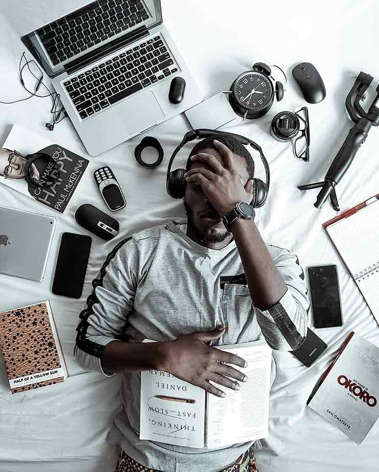 La recurrencia de las reuniones virtuales causan fatiga en las personas (Foto de Ola Dapo - Pexels).