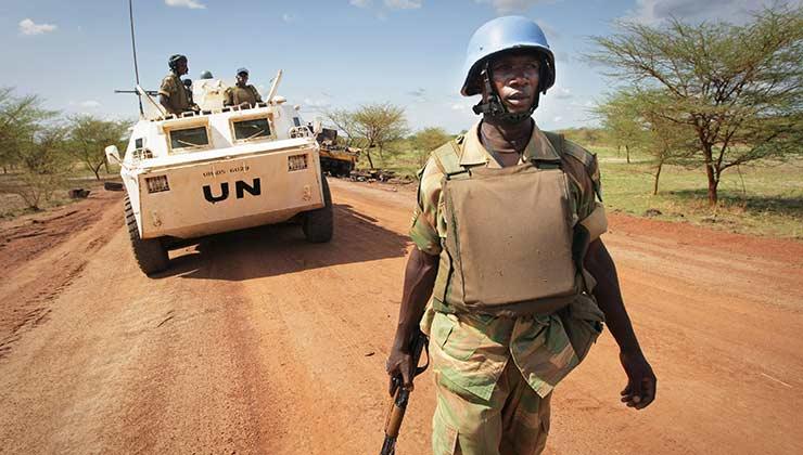 En el Día Internacional del Personal de Paz se honra a las personas que ponen el cuerpo para un mundo más seguro (Foto: un.org).