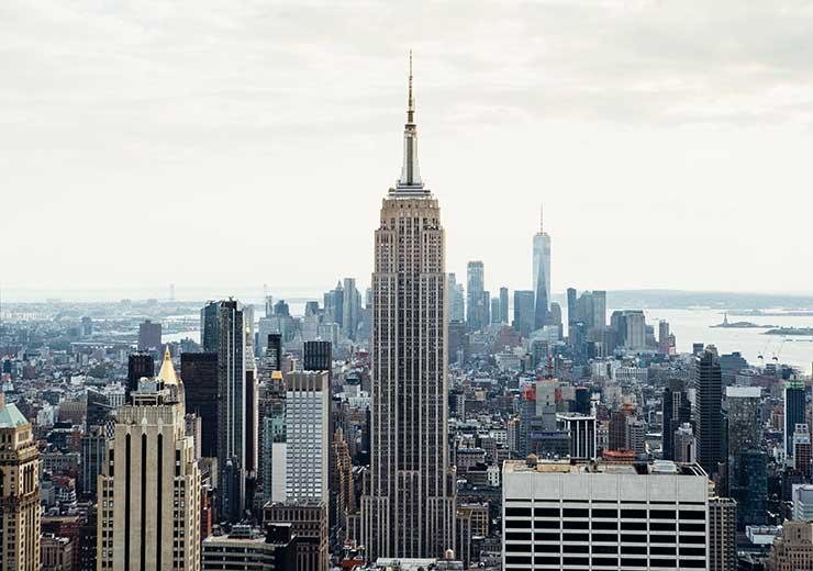 Se necesitarían 805.000 Empire State para equipara en peso la cantidad de hielo que se pierde por año (Foto: Charles Parker - Pexels).