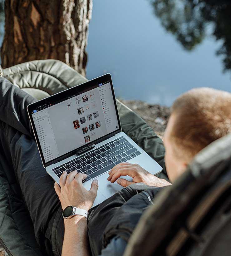 Muchos nómades digitales huyen de las ciudades y las rutinas laborales (Foto: Thirdman - Pexels).