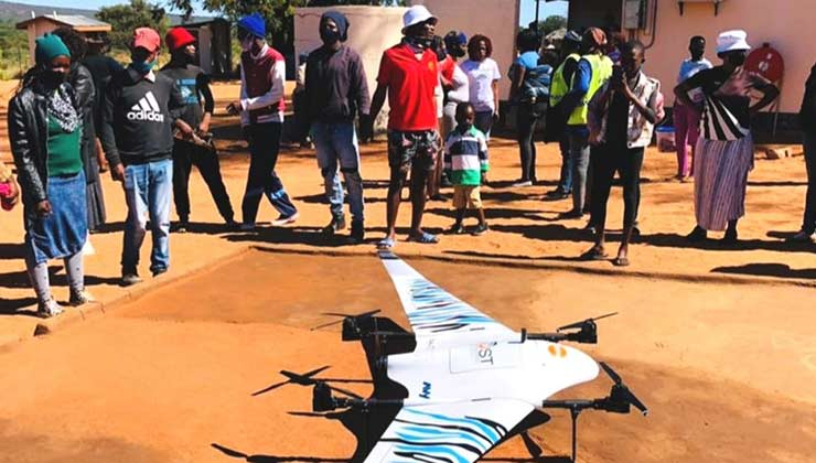 Las comunidades seleccionadas construyeron los sitios de aterrizaje y despegue de los drones (Foto: un.org).